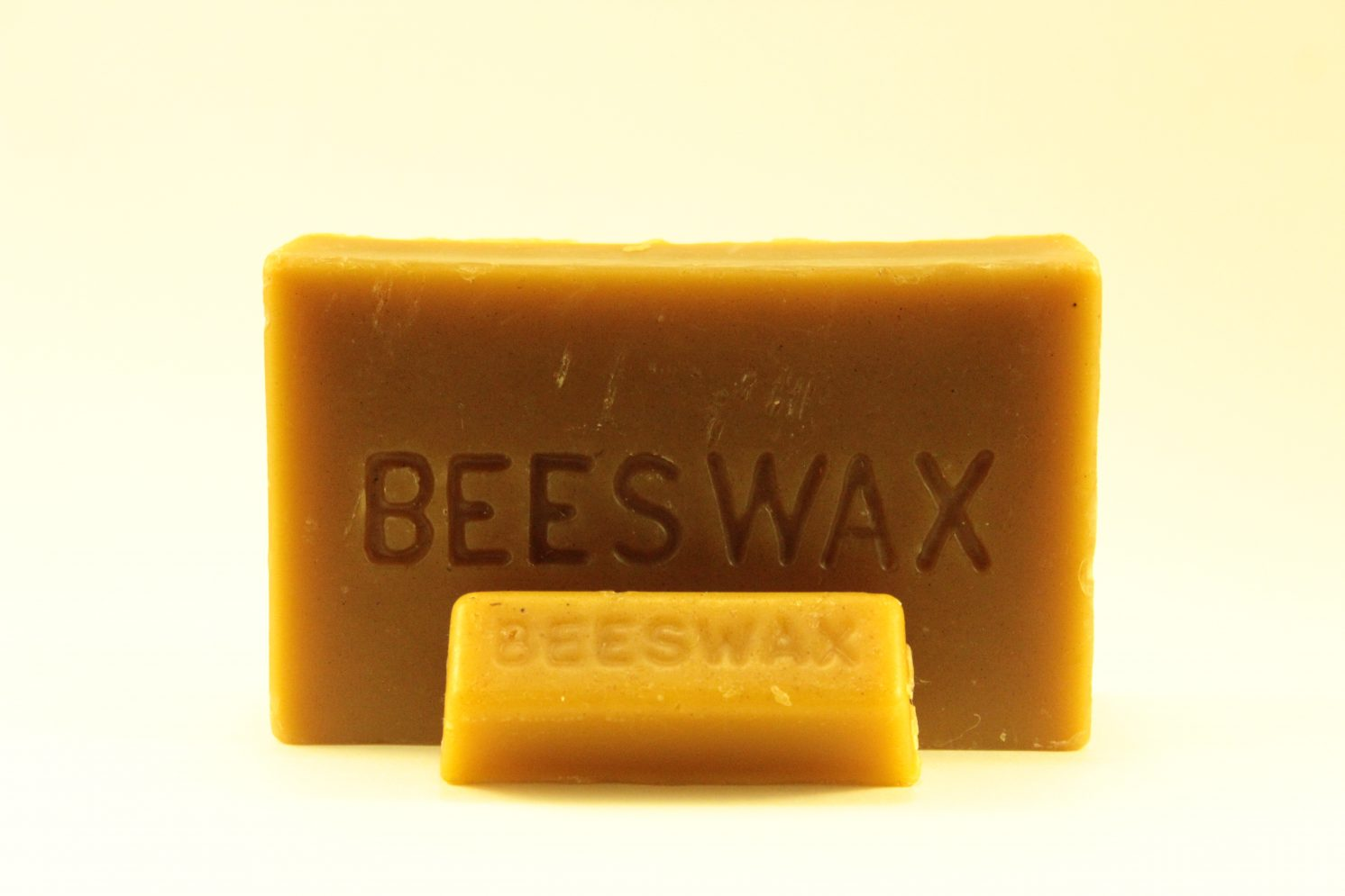 Making Natural Beeswax Candles